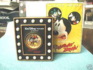 Runaway Brain, Mickey Mouse and Minnie Mouse Clock, MIB