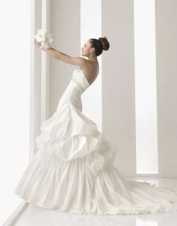 Gorgeous Sweetheart Embellished Wedding Dress 2012 Bridal Gown Free