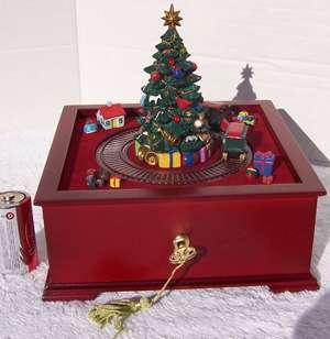 78708 MR CHRISTMAS WOOD TREE MUSIC BOX TRAIN SET ANIMATED MUSICAL 48