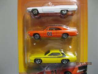 ERTL #33630 The Dukes of Hazzard GENERAL LEE NEW 1/64 SCALE 3 CAR SET
