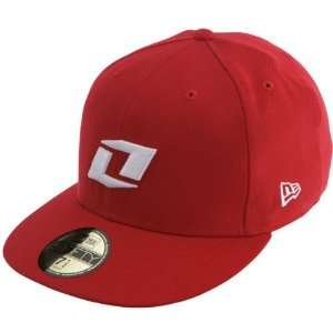 One Industries Icon NE 5950 Mens Fitted Sports Wear Hat   Red / Size