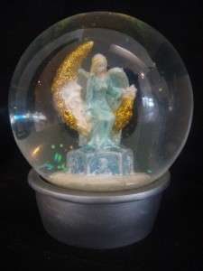 FOLLY SECRET OF THE SEVEN ANGELS SNOW/WATER GLOBE in KIRKS FOLLY BOX