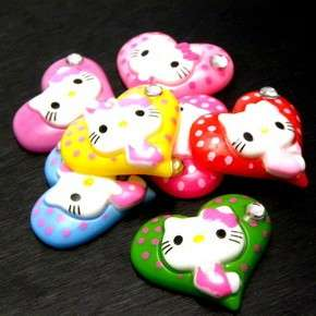 B0929 (25 pcs) Mix Hello Kitty 22MM Heart Love Resin Flatback