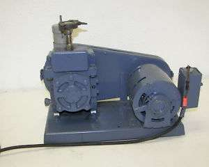 Welch 1400 Duo Seal Belt Driven Rotary Vane Vac. Pump