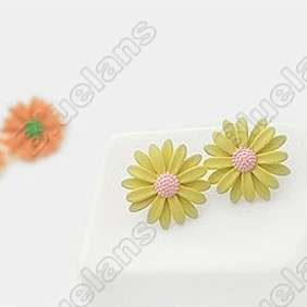 Sweet Lovely Daisy Flower Cute Fashion Earring 5182 Yellow