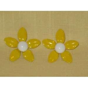 Vintage Yellow w/ White Flower Power Enamel Pierced Earrings (not