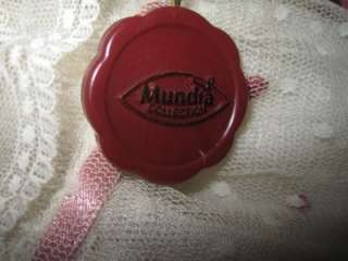 Beautiful Brunnette Victorian Style French Mundia Collection Porcelain