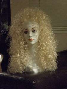 28 long Wig w/ Tight Curls   Lioness   Cher Wig