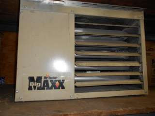 Big Maxx Natural Gas Garage Heater incl duct and roof vent, thermostat