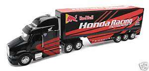 New Ray Honda Red Bull 1/32 Peterbilt Race Truck