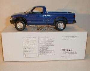 1994 CHEVROLET S10 4X4 PICKUP TRUCK ORIG DLR PROMO BLUE