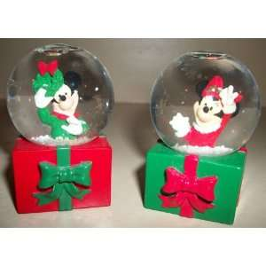 Mickey & Minnie Mouse Mini Holiday Snow Globes Home & Kitchen