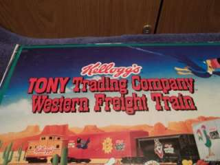 A0024 1995 KELLOGGS TONY TRADING CO. WESTERN HO SCALE TRAIN SET IN