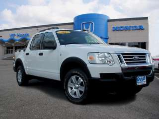 Ford  Explorer Sport Trac XLT in Ford   Motors