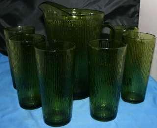 Vtg Jeannette Green Tree Bark Pitcher 6 glasses