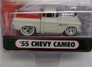 1965 65 CHEVY CAMEO PICKUP TRUCK FUNLINE MUSCLE MACHINES DIECAST 2005