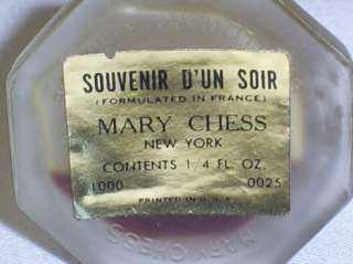 France Perfume Souvenir Dun Soir Mary Chess Plaze Fountain
