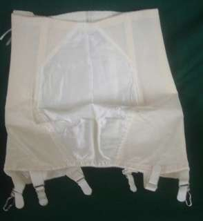 LOT 3 VINTAGE CORSET GIRDLE SHAPER 2 MINIMIZERS 1 OPEN BOTTOM CORSET w