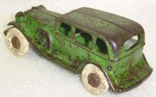 Vintage A.C. Williams Sedan Cast Iron Toy Car