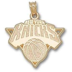 New York Knicks 10K Gold Pendant