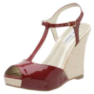 Steve Madden Womens Lalin T Strap Sandal Shoes